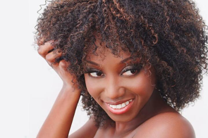 Boucle D Or Coiffure Salon De Coiffure Afro